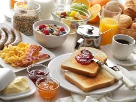 Готовим еду в номере отеля: интересные идеи и полезные советы