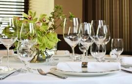 Как ухаживать за стеклянной посудой: основные правила